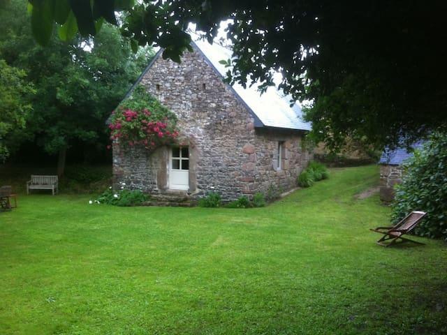 Ancien moulin restauré en gite - Pleumeur-Bodou - Haus