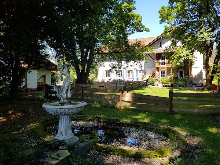 Villa Reitzenstein - direkt an der Bahnstation