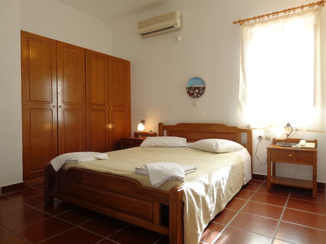 Ersi villas private Double room!
