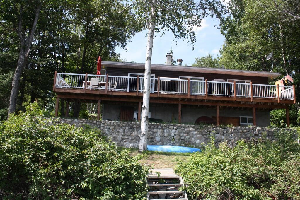Grand balcon côté lac