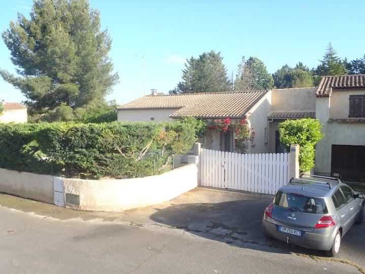 Villa climatisée, piscine, garage sur terrain clos