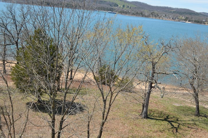 Table Rock Lake is in your backyard