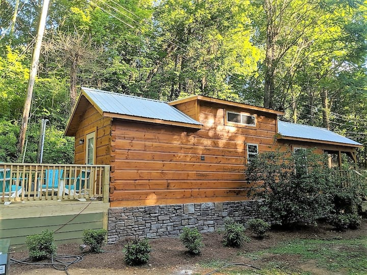 Bryce Cabin - Lookout Mountain City Side Tiny Home
