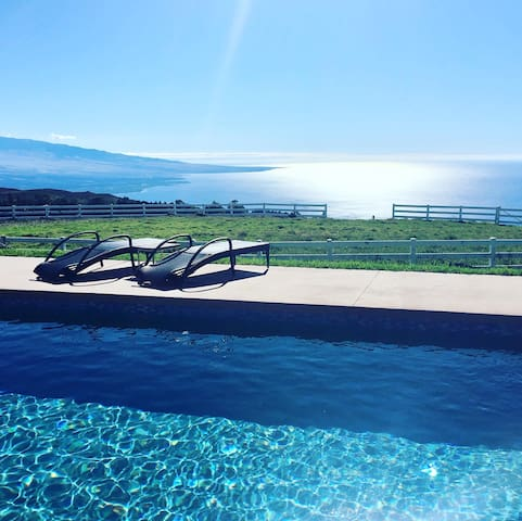 Comfort in Kohala Ranch with EXCELLENT views!