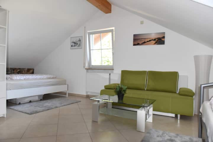Executive Stay for 1-5 near Munich incl. breakfast