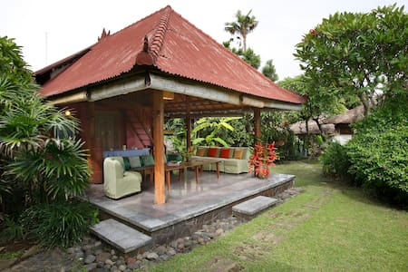 Central Pavilion (Bale Gede) at Ocean View