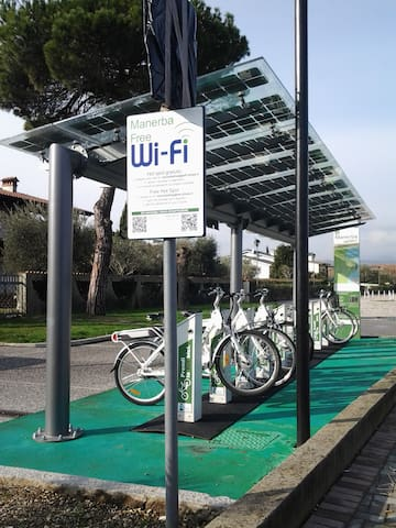 Free wi-fi zone and  rental bicycles in Manerba del Garda