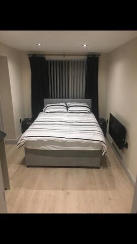 Private en-suite guest room in North Wales