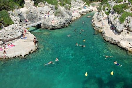 Your holidays in Menorca - Los Delfines