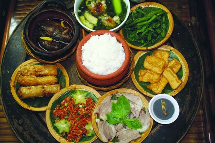 A Taste of Hanoi guidebook