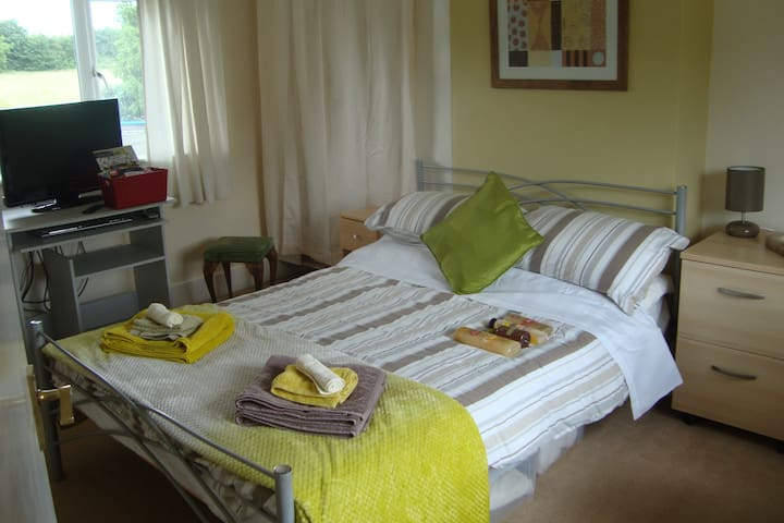 Double room  rural village near Stratford on Avon - Loxley - Haus