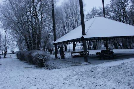 Nostalgisch logeren in boerderij - Lakás