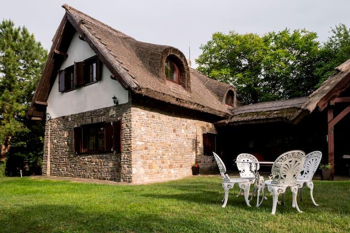 Villa Garda Tihany | Guesthouse
