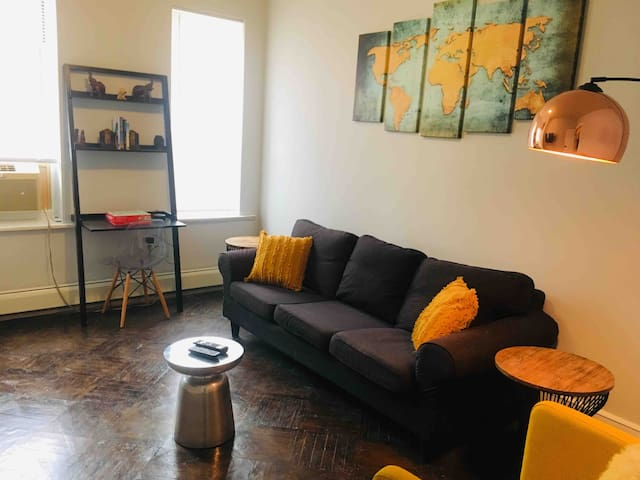 Private 2 bedroom apt 20 min from NYC