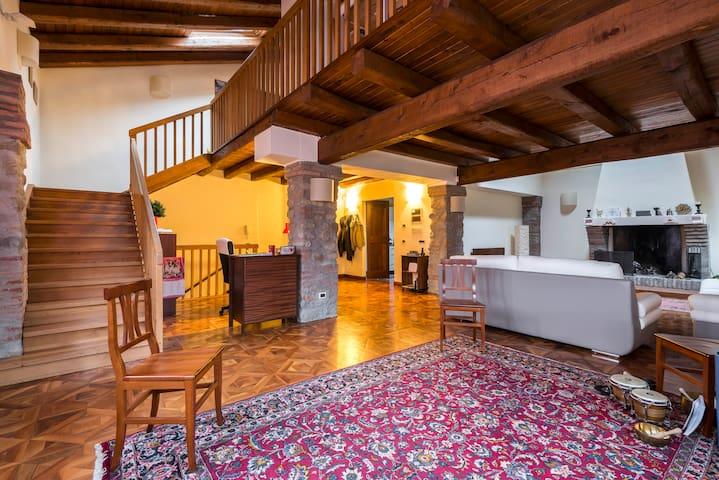 La Quercia - Sasso Marconi - ที่พักพร้อมอาหารเช้า