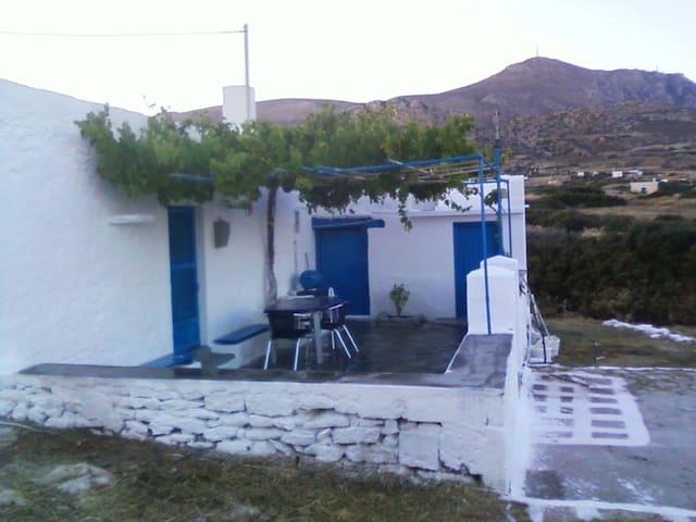 Tina's Cottage - Cárpatos - Casa