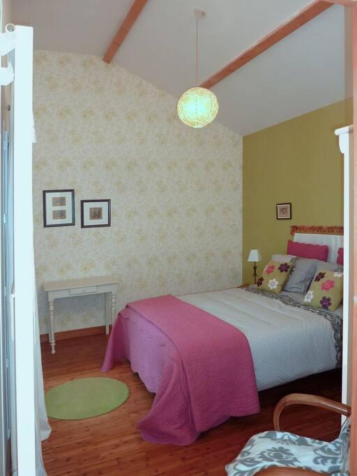 chambre d 39 h tes caen mondeville pernottamento e colazione in affitto a mondeville bassa. Black Bedroom Furniture Sets. Home Design Ideas