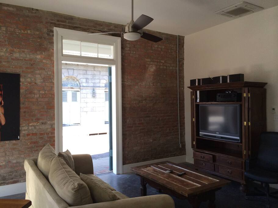 perfect french quarter one bedroom apartments for rent