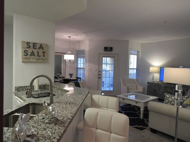 Brand New Stunning Coastal Retreat at Avalon - Clearwater - Apartment