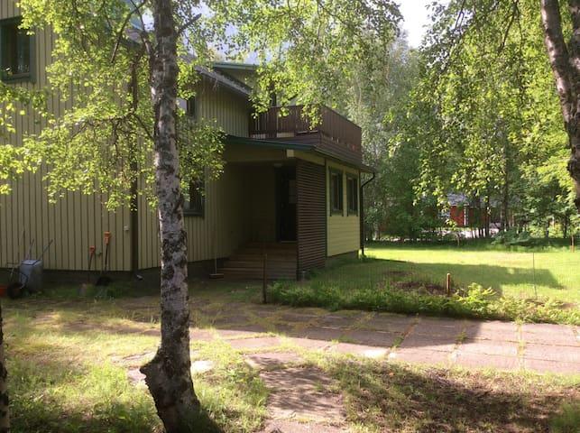 Viihtyisä omakotitalo Ivalossa Cozy house in Ivalo - Inari - House