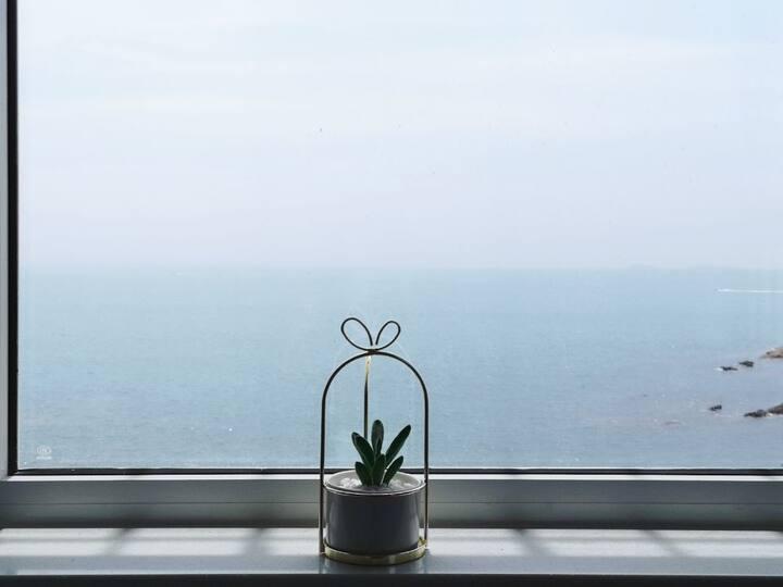 【Homie·海隅】前海旁全海景超大投影清新混搭风 紧邻小青岛海军博物馆鲁迅公园海底世界
