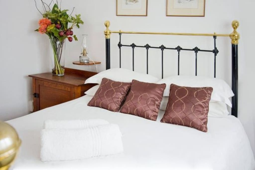 Bedrooms with a Double bed are available upon request