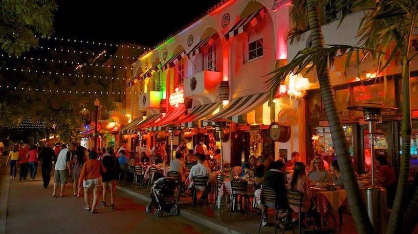 Comfy Hostel: Miami City Central: 9