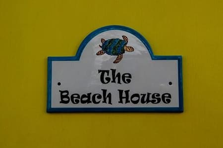 The Beach House Layou - Layou