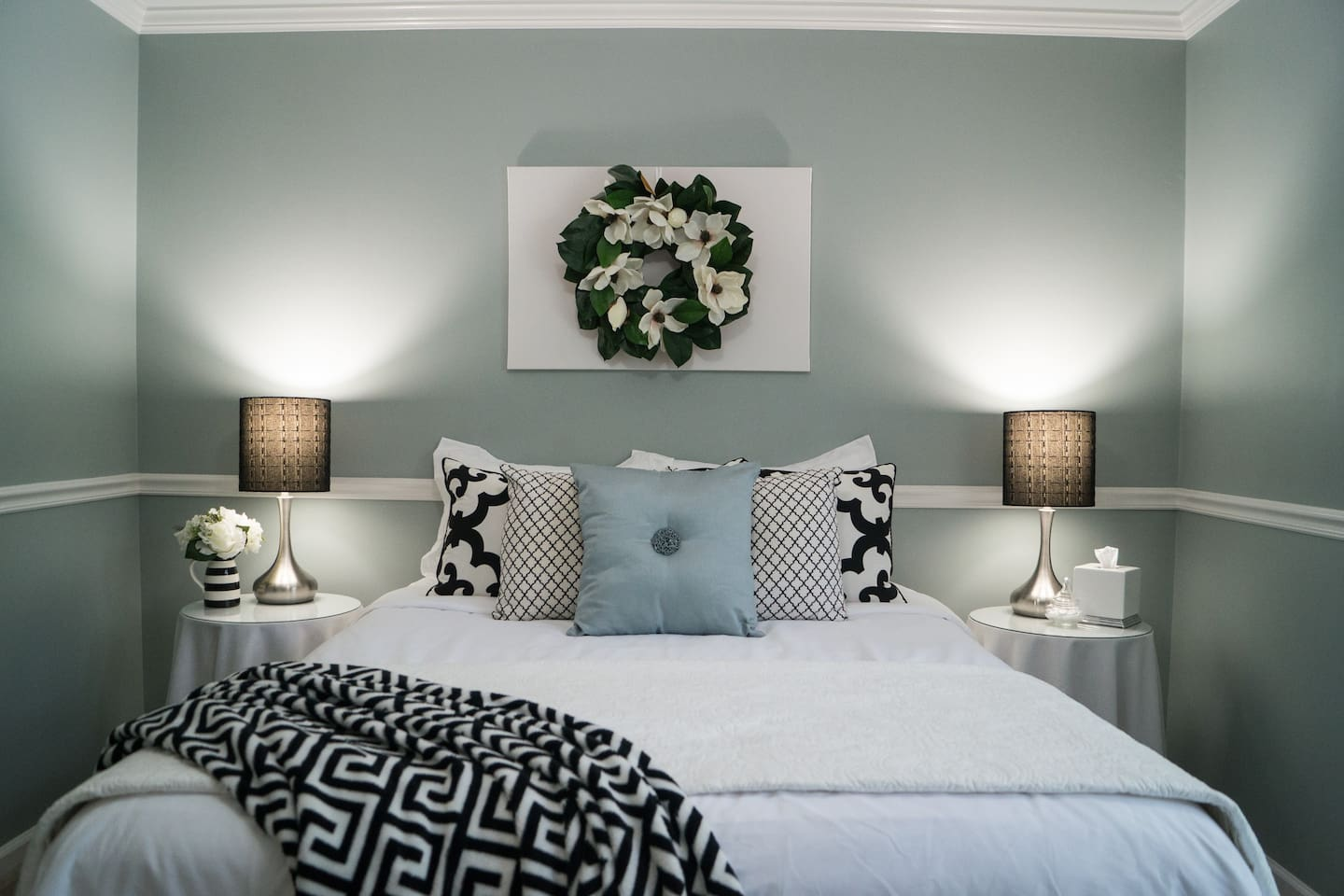 Welcome to your West Little Rock retreat! The queen bedroom has a super comfy bed.