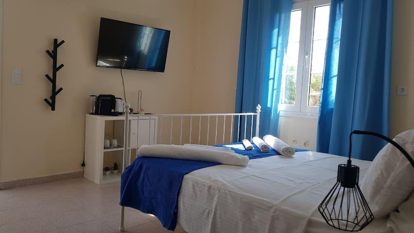 Villa Fragoulis Blue room