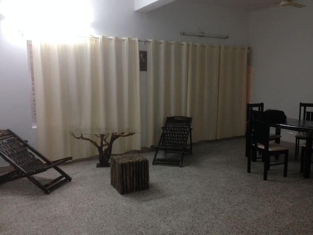 Kochi, Kerala, India- Room n Bed & Bath 4 persons