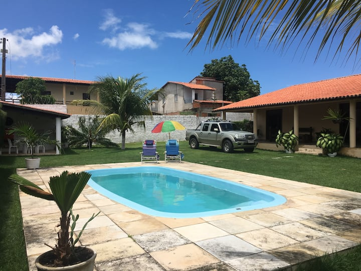 Casa em Paracuru, com todo conforto para família.
