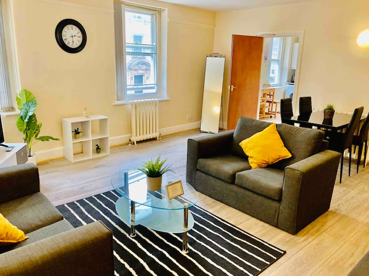 Mosley Street, City Apartment