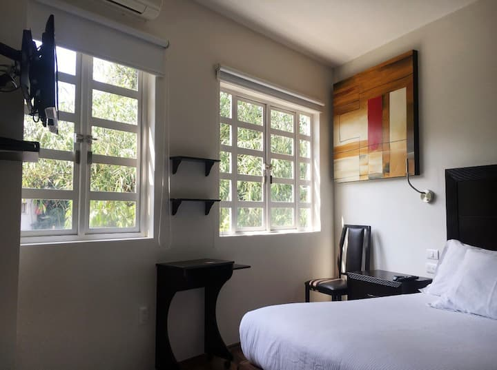 Estudio with view to the heart of Condesa