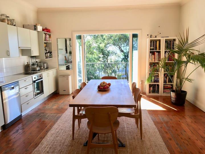 Large open plan Bondi beach apartment with garden