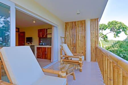 Ocean Suite Apartment - Malay