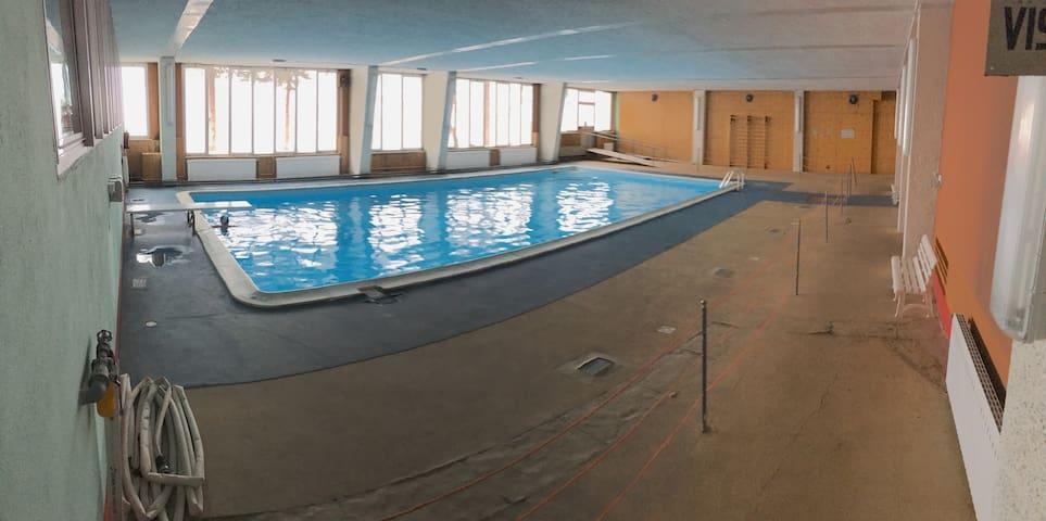 LARICI - Baita con piscina sulle piste da sci