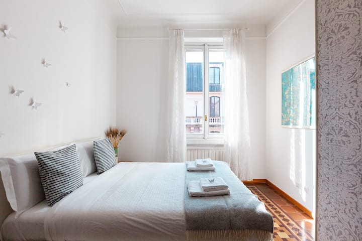 Bright, renovated 3 room apartment