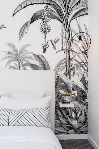 Jolie chambre avec lit double