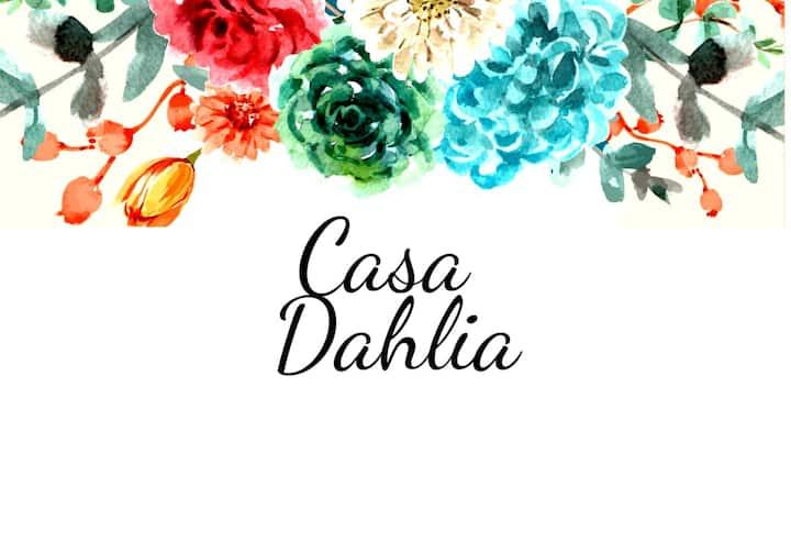 Casa Dahlia Querétaro Cerca del centro !!!!
