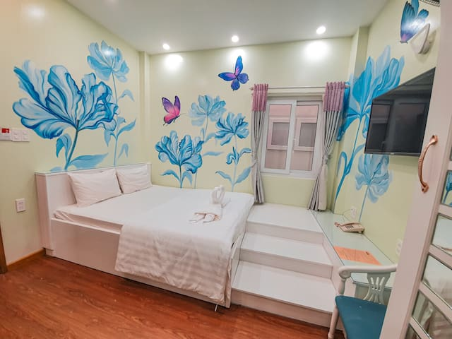 BUTTERFLY Room - Wonder hotel in Binh Chanh, HCMC