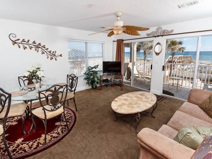 Gulf-Front Condo On Okaloosa Island! Steps To Beach! Private Beach Access!