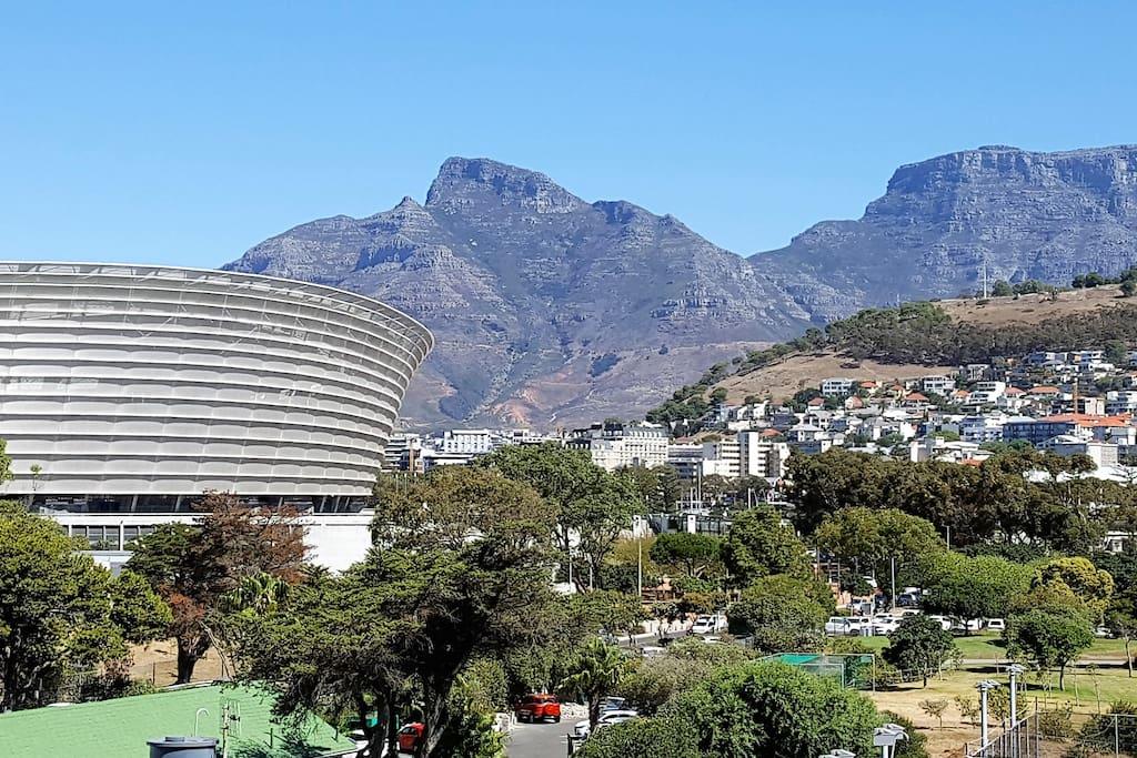 Spectacular Views - Mountain and Stadium