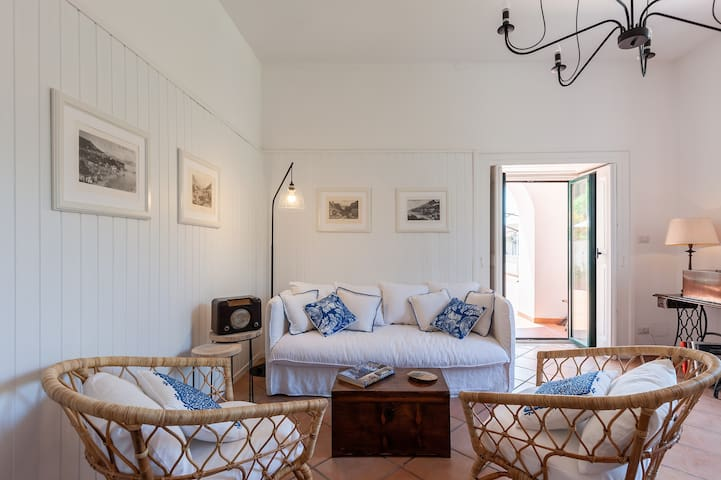 - The stylish living room with access to the terrace *Villa Mina* managed by  #starhost #uniquehomesperfectstay #starhoststay