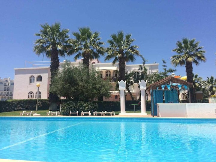 Tavira - Small cozy flat, by the pool and by the sea...