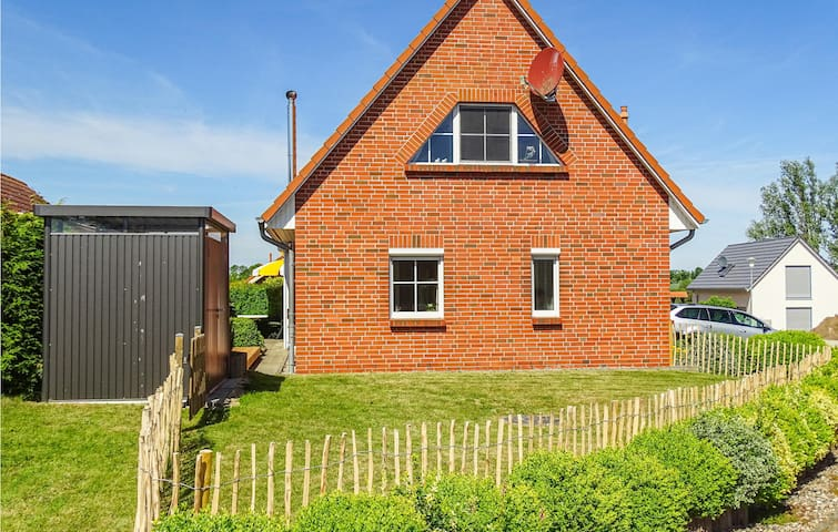 Holiday cottage with 2 bedrooms on 78m² in Beckerwitz