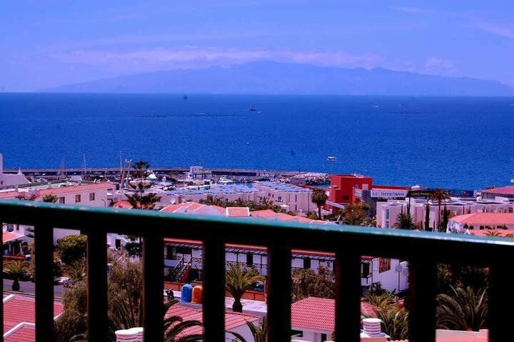 Laguna 1! Panoramic ocean views! Center!