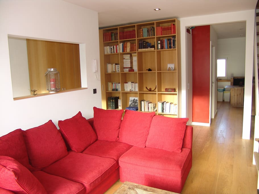 Cosy and comfortable living room, with sofa bed and large flat-screen tv