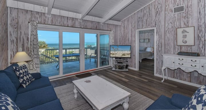Sunnyside Up Townhome at Sea Dunes - Ocean View & Next to Pool - B6 Up