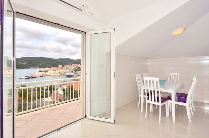 Luxury apartment for 5 near sea - Sumartin - Appartement